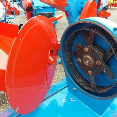 Mlin srednji s el.motorom 2,2kw kapac.500kg-h